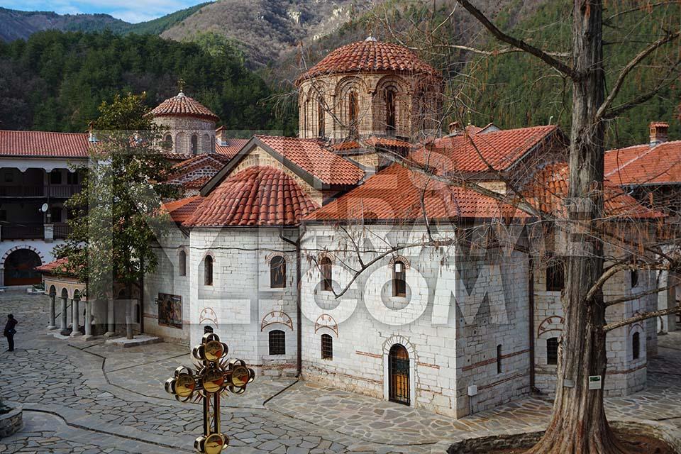 Bachkovo Monastery Asenovgrad Thumbnail PHVD027
